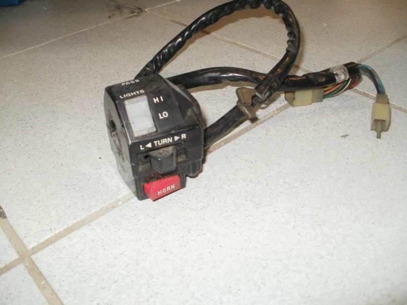 Lenkeramatur Schalter links FZR 750 / 1000 2LA 2LM