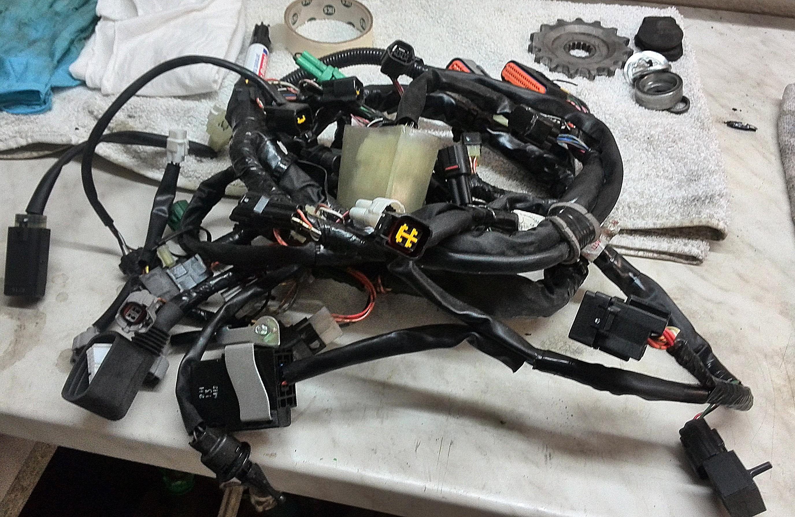 Hauptkabelbaum Suzuki GSXR 750 K8 K9 L0