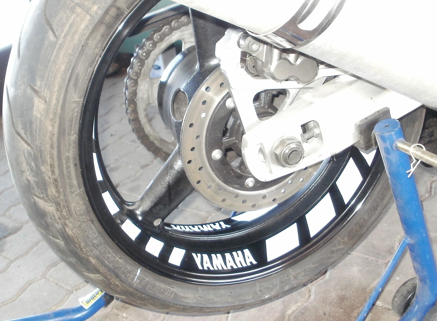 Felgenbettaufkleber Yamaha YZF R6 weiß