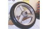 Vorderrad mit Reifen ZXR 750 H 89-90